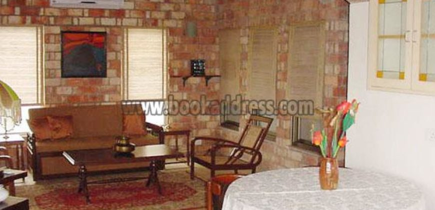 2 Acre Luxury Shanti Kunj 2 BHK Service Farmhouse for Rent/Lease