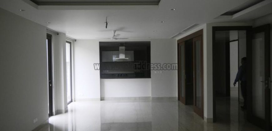 3 BHK Semi Furnished Apartment/Flat Panchsheel Park for Rent/Lease