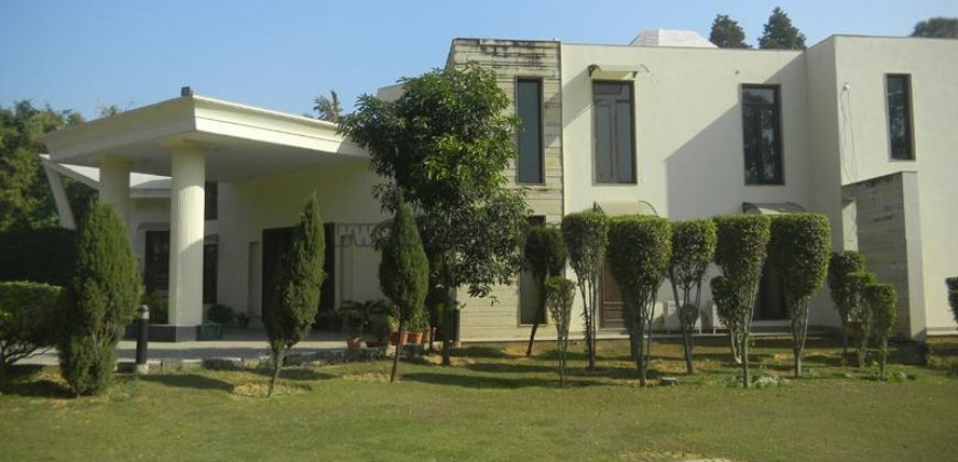 Dlf Chattarpur 4 Bhk Semi Furnished Farm House For Long Rent Lease
