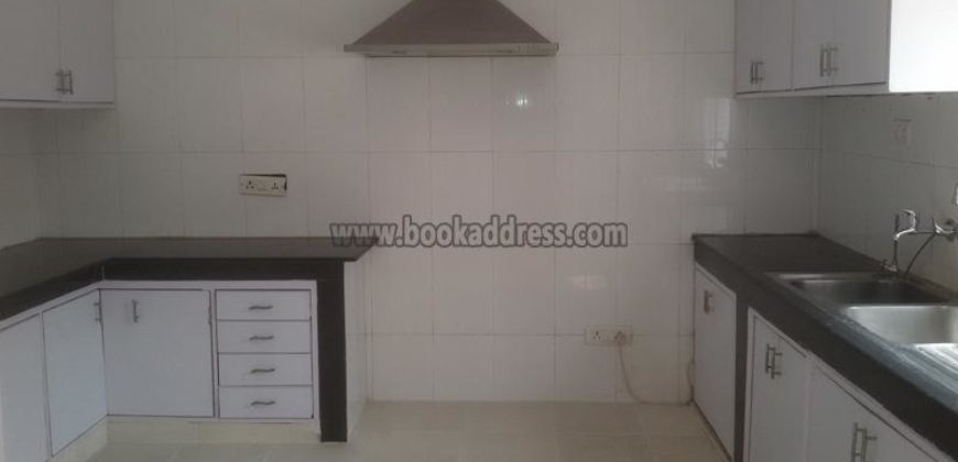 Vasant kunj 4 BHK Semi Furnished Farmhouse for Rent/Lease