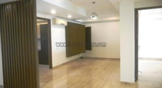 4 BHK Semi Furnished DLF Aralias Apartment/Flat Gurugram for Rent/Lease