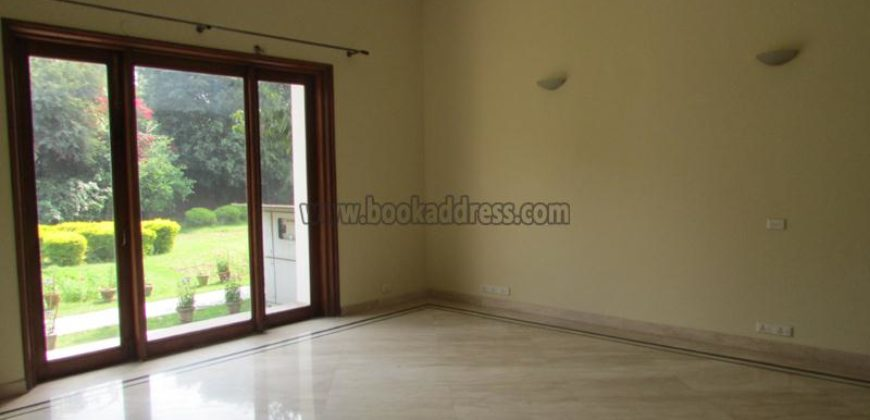 Elegant 4 BHK UnFurnished Farmhouse Westend Greens for Rent/Lease