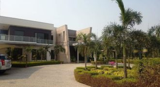 5 BHK Elegant Semi Furnished Farmhouse Vasant Kunj ,South Delhi for Rent/Lease