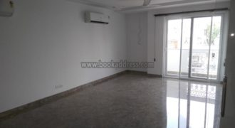 Lease Semi Furnished 3 BHK Apartment/Flat Defence Colony