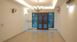 Luxury 3 BHK Semi Furnished Apartment/Flat Defence Colony for Rent/Lease
