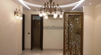 Lease 3 BHK Semi Furnished Apartment/Flat Defence Colony