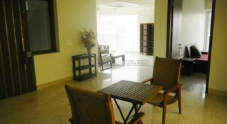 Defence Colony 3 BHK Semi Furnished Builder Floor for Rent/Lease