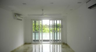 Elegant 3 BHK Semi Furnished Apartment/Flat Defence Colony for Rent/Lease
