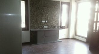 Builder Floor 3 BHK Apartment/Flat Defence Colony for Rent/Lease