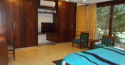 First Floor Defence Colony South Delhi 3 BHK Service Apartment for Rent/Lease