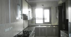 Semi Furnished Elegant 4 BHK Flat Defence Colony for Rent/Lease