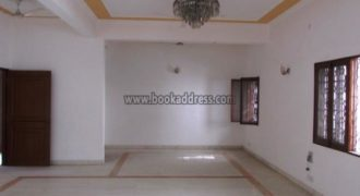 4 BHK Semi Furnished Apartment/Flat Greater Kailash-1 for Rent/Lease