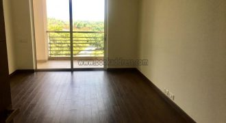 DLF Aralias Luxury 4 BHK Semi Furnished Apartment Gurgaon for Rent/Lease