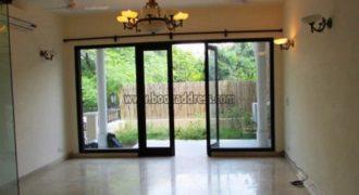 3 BHK Semi Furnished Apartment/Flat Vasant Vihar for Rent/Lease