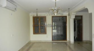 3 Bedroom Semi Furnished Apartment/Flat Vasant Vihar for Rent/Lease