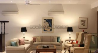 3 BHK Service Apartment/Flat Sukhdev Vihar South Delhi for Rent/Lease