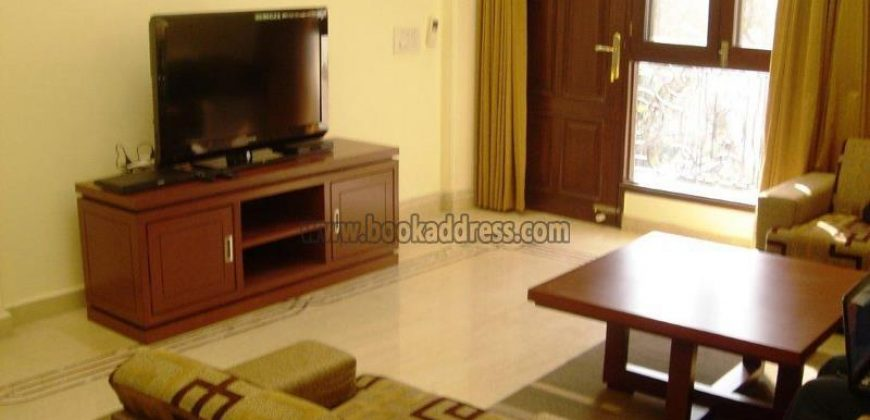 Rent/Lease 3 BHK Service Apartment/Flat Soami Nagar
