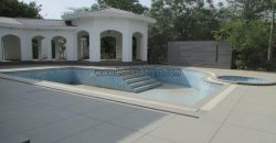 Semi Furnished Mini Luxury 6 BHK Farmhouse Ansal Villa Satbari for Rent/Lease