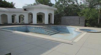 Semi Furnished Mini Luxury 6 BHK Farmhouse Ansal Villa Satbari for Rent/Lease