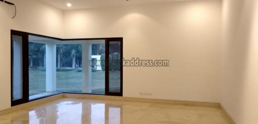 6 BHK Luxury UnFurnished Farm House DLF Chhatarpur, Chinar Drive for Rent/Lease