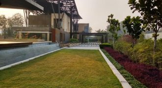 Elegant 4 BHK Unfurnished Farmhouse Radhe Mohan Drive for Rent/Lease