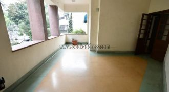 First Floor 3 BHK Apartment Golf Links Rent & Lease