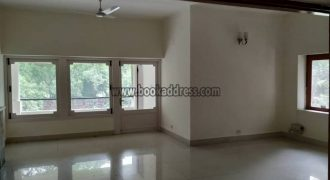 Golf Links 4 BHK Apartment for Rent and lease
