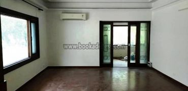 Rent Golf Link 3 BHK Duplex Apartment