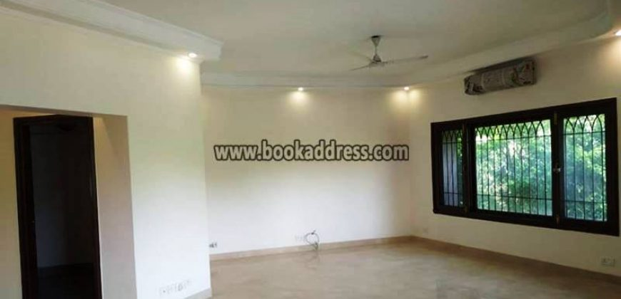 Semi Furnished JorBagh 3BHK Apartment